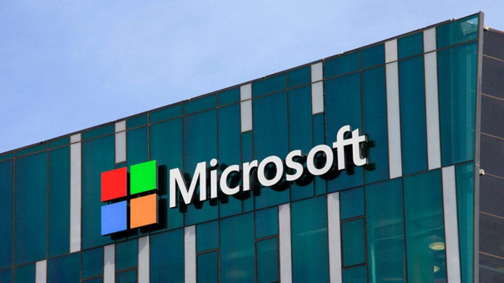 Microsoft tüm mağazalarını kapatma kararı aldı!