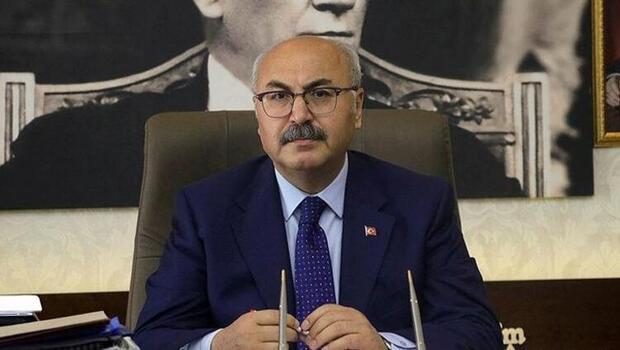 İzmir Valisi Köşger'in Kovid-19 testi pozitif çıktı